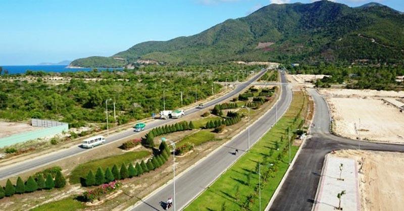Đường Nguyễn Tất Thành Cam Ranh Mystery Villas