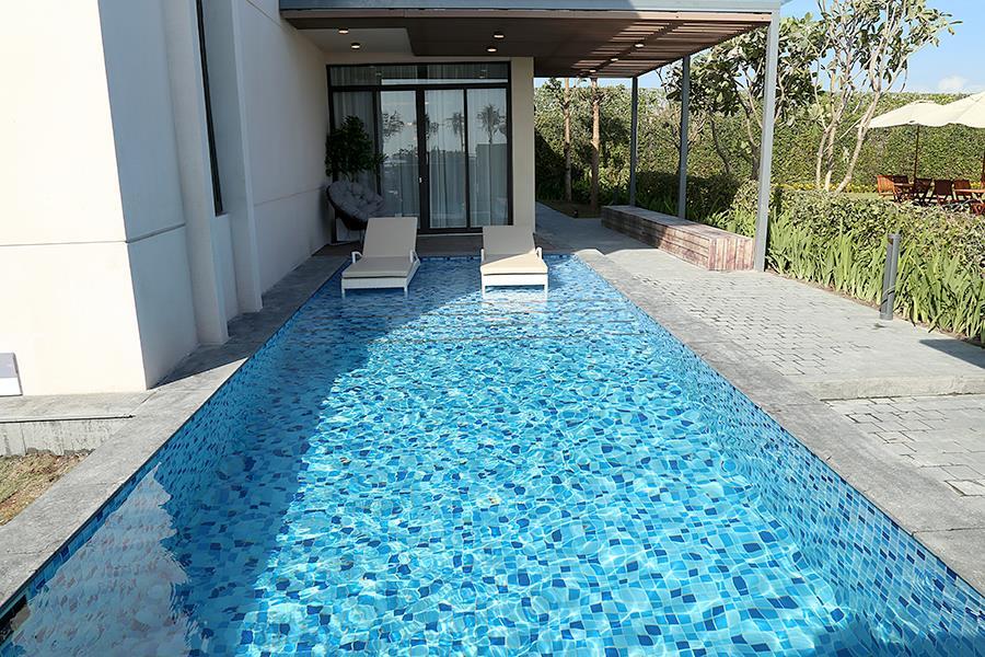 Hô bơi nước ngọt riêng biệt thự Cam Ranh Mystery Villas